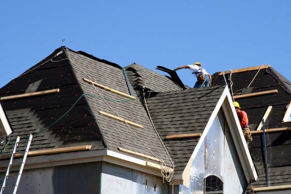 5 Tips to Make Your Roof Stand Out Among The Neighborhood