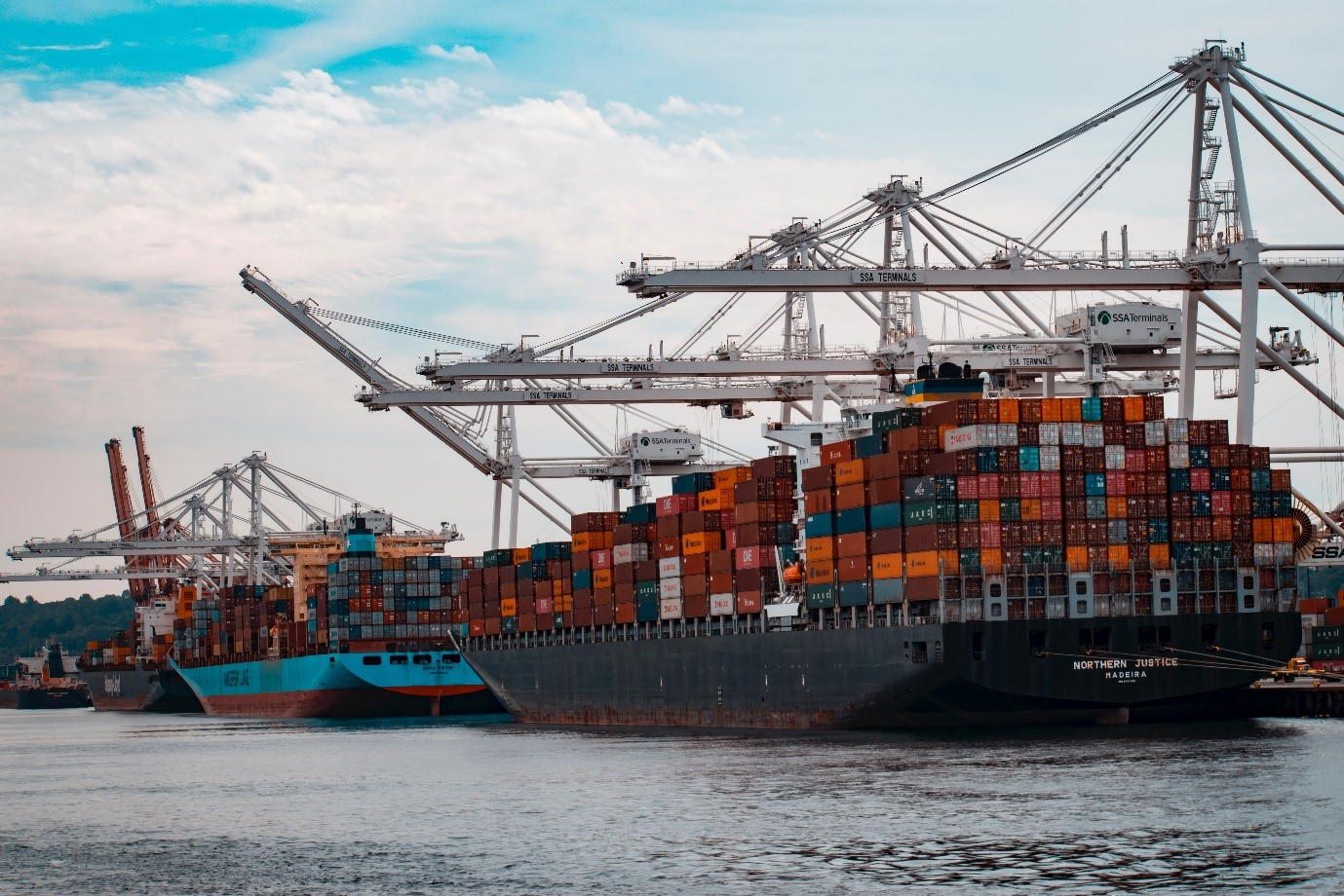 5 Tips on How to Choose a Freight Forwarder