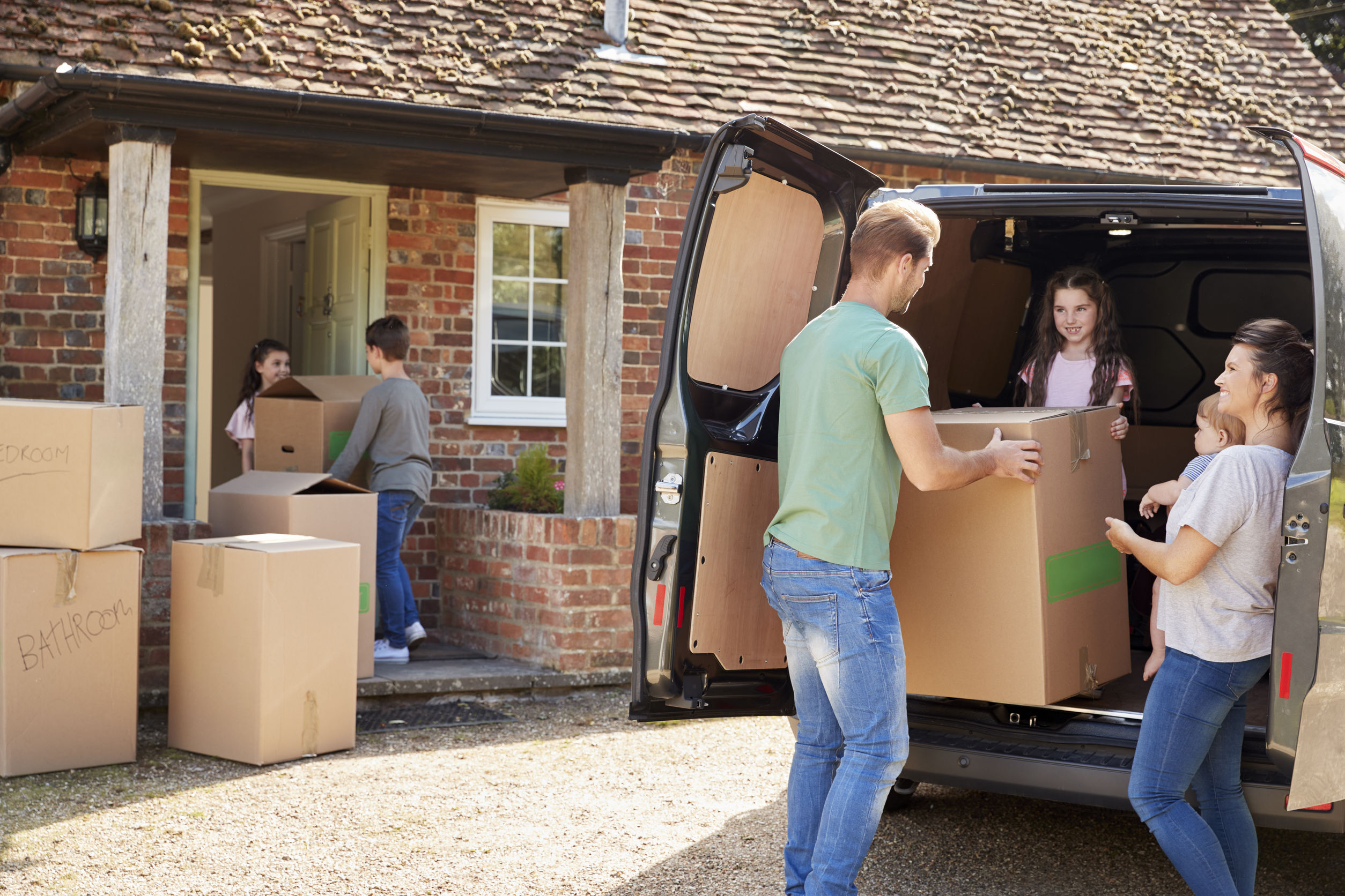 Here's How Moving Insurance Works and What It Costs
