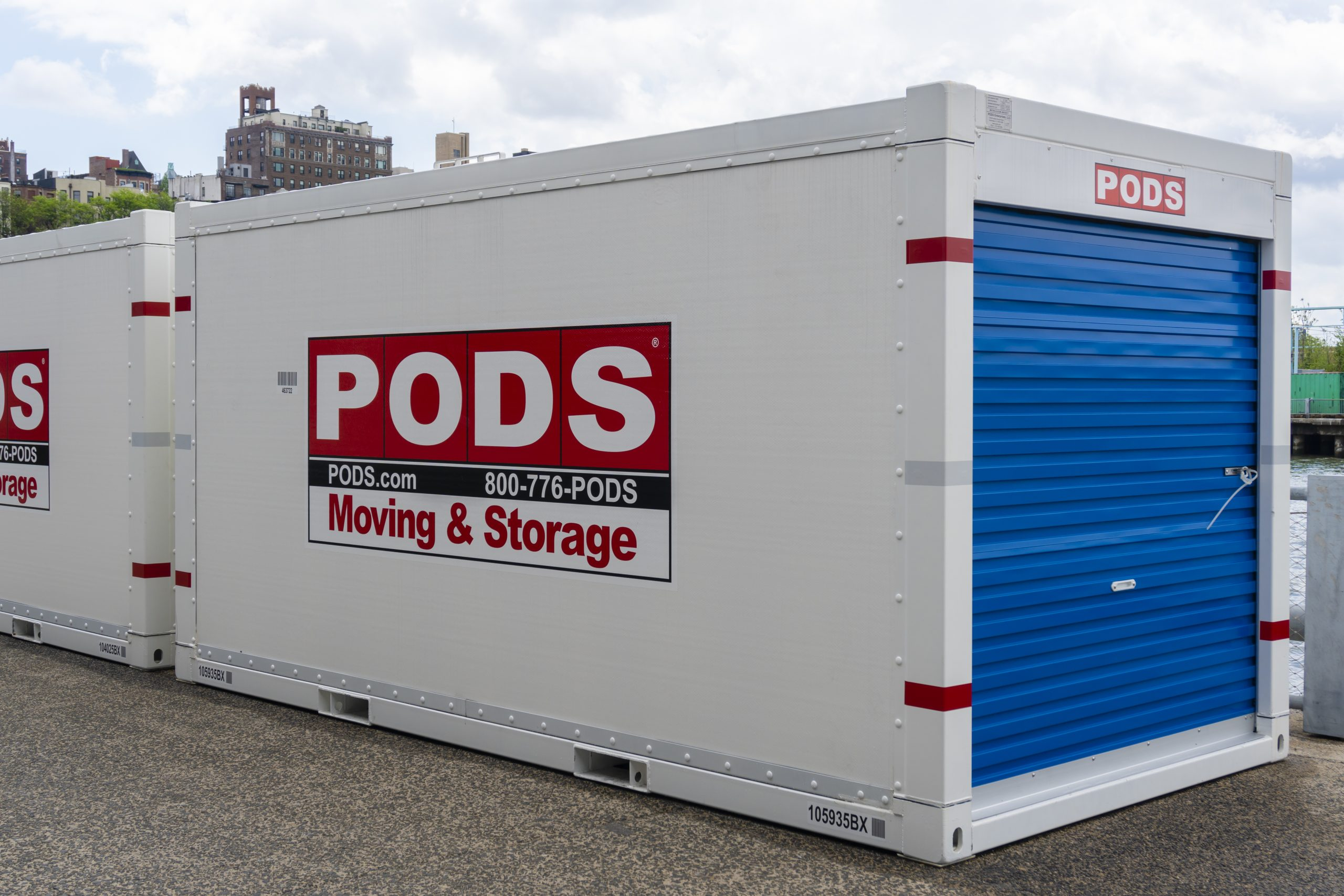 pods moving container